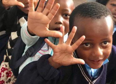 LA CAUSA DEL MES DE JUNIO: TANZANIA SMILE (@SmileComsTZ)