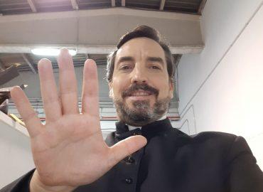ESCRIBE TU RELATO DEL MES DE ABRIL (I): NICOLÁS DEGLIANTONI, @NICODEGLIANTONI, ACTOR